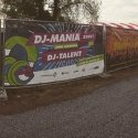 Mobile fence banner