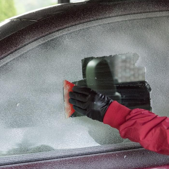 Bullet Frosty 2.0 recycled plastic ice scraper