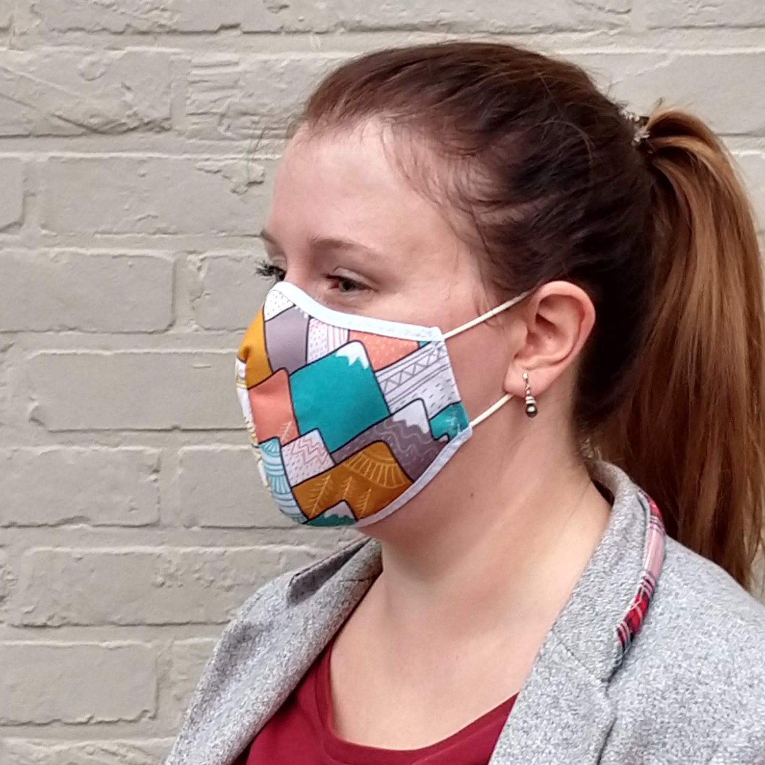 Care & More L3 face mask with print