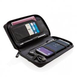 Swiss Peak travel wallet with wireless charging
